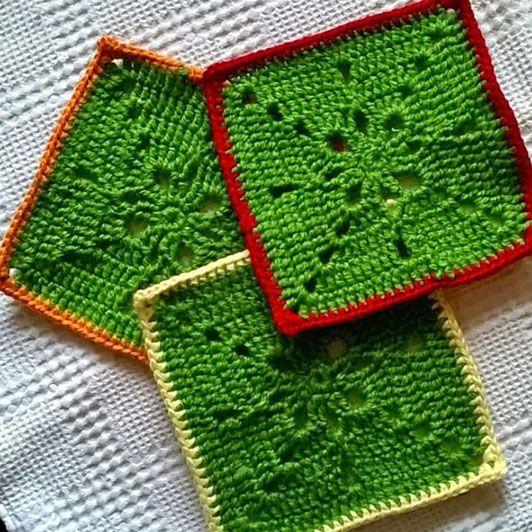 Crochet granny square tutorial (free chart)