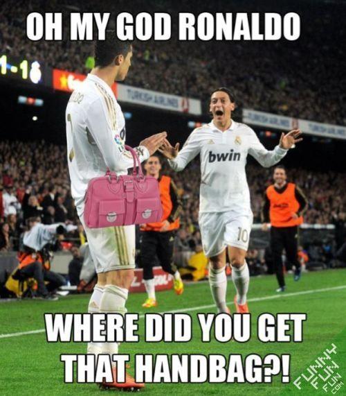 fashion-victim~funny~football~pic