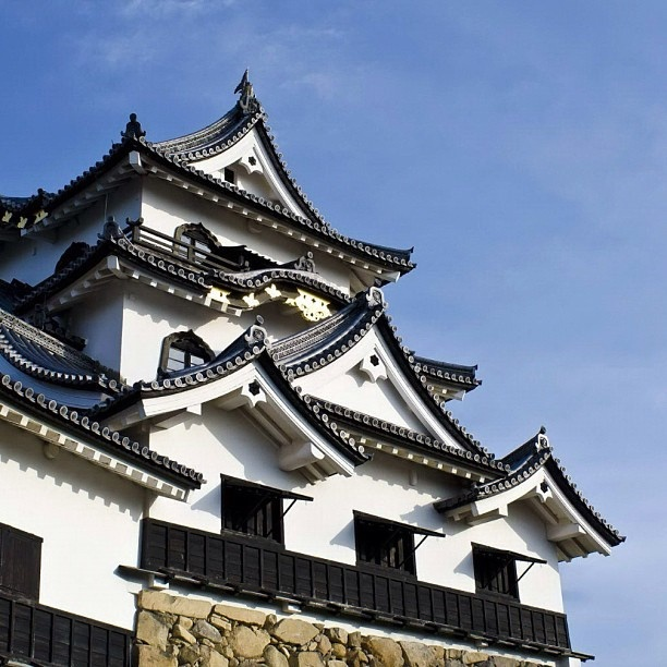 彦根城天守。美しい。 by Hideto Matsumi, via Flickr