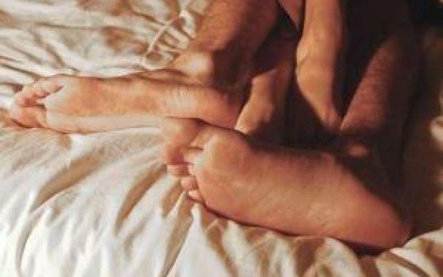 8 segnali del corpo per capire che hai bisogno di sesso Esistono 8 segnali che il corpo ci trasmette alcuni dei quali assai evidenti per comunicare il suo sesso salute organismo corpo mente