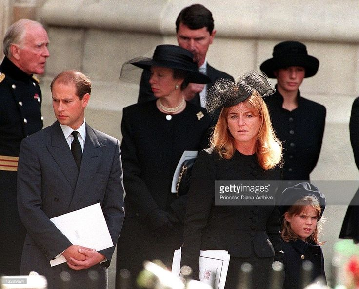 Prince edward princess anne the duchess of york and her for Townandcountrymag com customer service