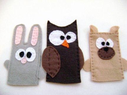 Marionetas de dedo, conejo, búho y perro