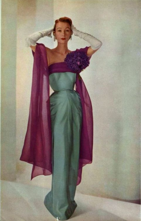 Sophie Malgat in evening gown by Jeanne Paquin, photo by Georges Saad, L'Art de la Mode, 1951