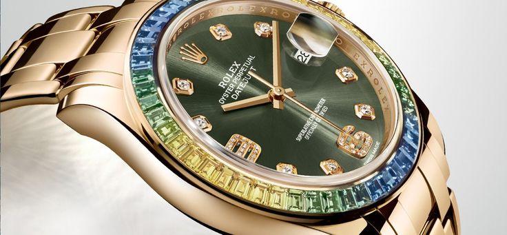 Novedades Rolex Baselworld 2015. Rolex presenta un nuevo tamaño del OYSTER PERPETUAL DATEJUST PEARLMASTER 39 mm. Con 3 versiones en oro amarillo o blanco de 18 quilates que conjugan con maestría el arte relojero de Rolex, el fascinante encanto del oro y las piedras preciosas de color. Con bisel en zafiros «fancy pink», «fancy green» y «fancy orange», con esferas de colores con los números 6 y 9 engastados de diamantes, y versiones con brazaletes engastados de diamantes a juego con esferas…