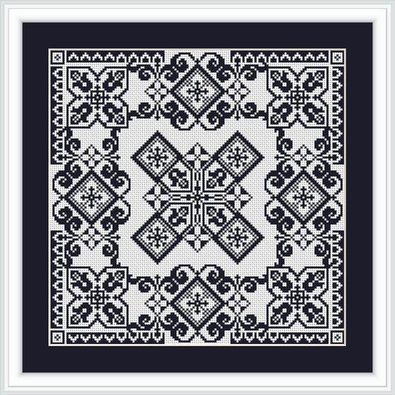 Cross-stitch or a fillet crochet pattern Fancy square