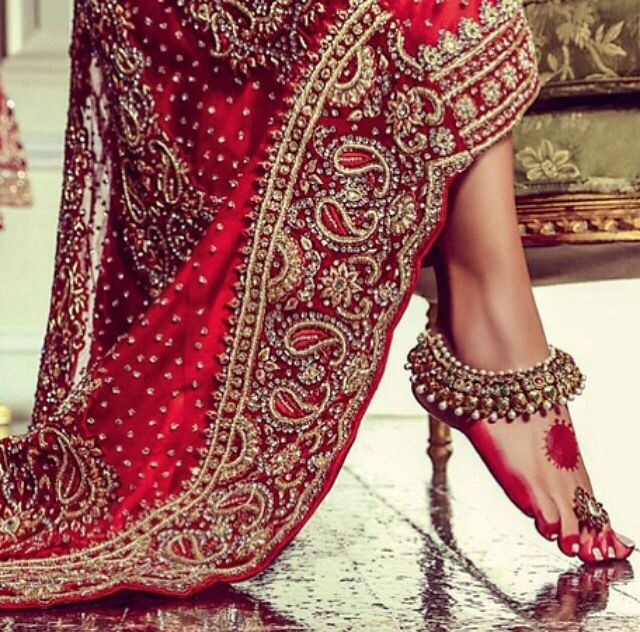 #pakistani #wedding #dress ideas - payal jhanjhar lovely such a beautiful thing for women anklets... http://www.weddingsknowhow.com