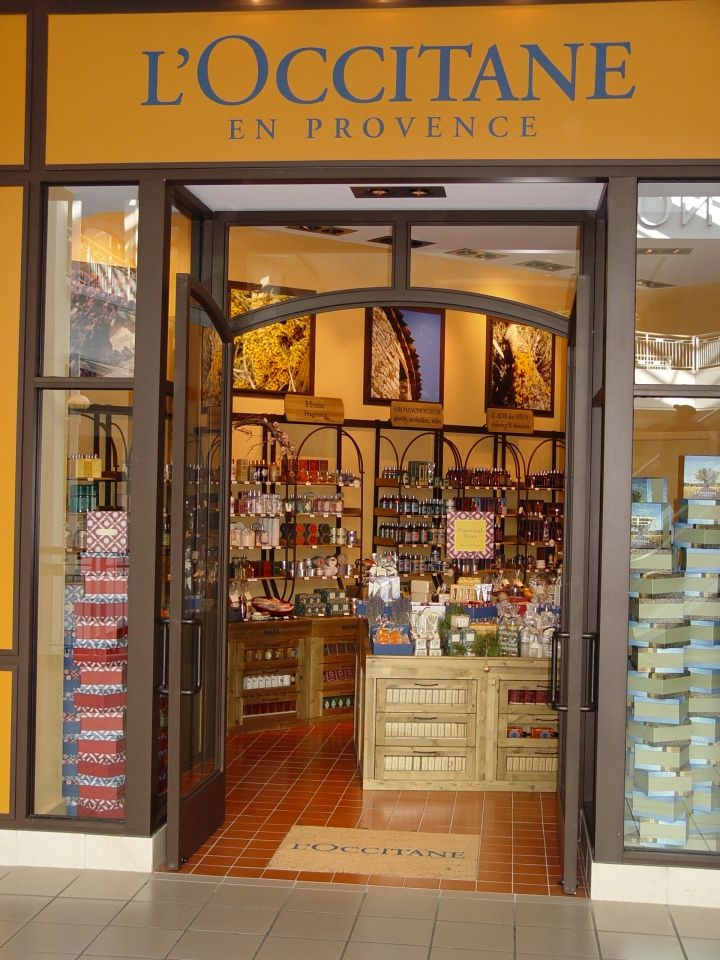 L'Occitane En Provence. My most favourite fragrance store in the whole world.