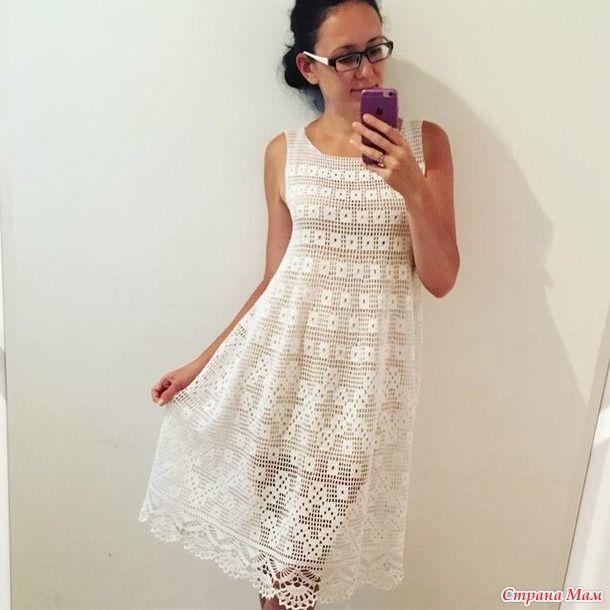 Увидела в сети это платье и просто влюбилась в него. Набросала схемку от руки. На 44 размер нужно будет примерно 4 мотка хлопка метражом 100 г-450 м и крючок №2.5.