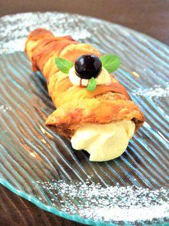シチリア郷土料理カッサータのセミフレッドアミーチ(TRATTORIA E PIZZERIA Amici)