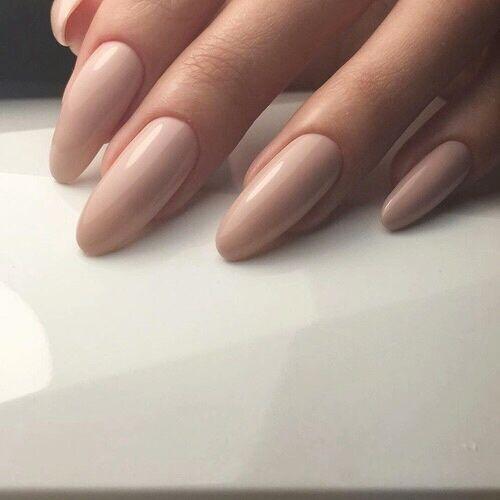 Nägel und Aktbild – Nails
