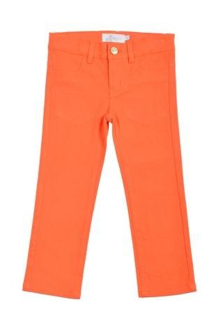 Pantalón tipo denim para niña, en color anaranjado. Bolsillos adelante y atrás.