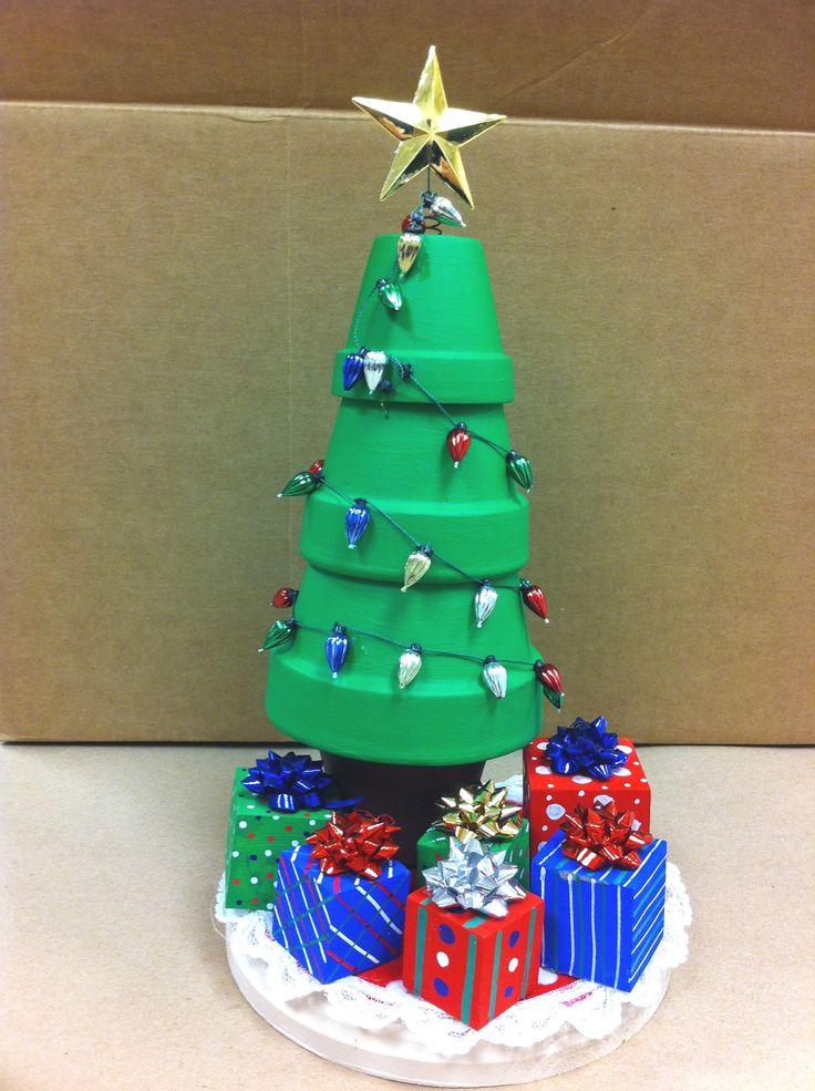 Clay pot Christmas tree by Amy Hartman, A.C. Moore, Manahawkin, NJ #claypot #craft #christmas