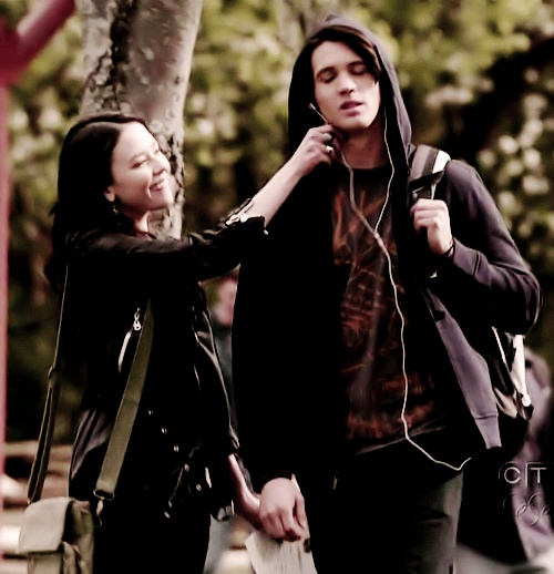 Anna. Love the vampire diaries.Please check out my website thanks. www.photopix.co.nz