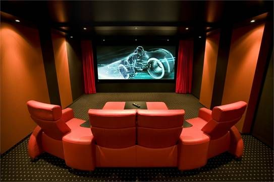 www.Cine4Home.de (Heimkino Installation 4K homecinema.ch Schweiz Projektor 3D)