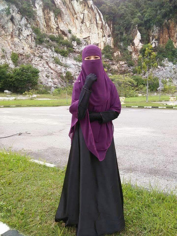 Purple Niqab and Shayla