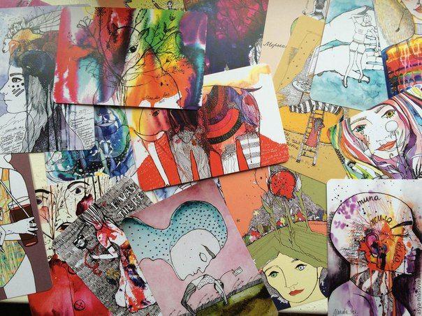 Идея создать карты из картин возникла благодаря подруге-художнице, увлекшейся арт-терапией и попросившей автора напечатать карты. Получив положительные отзывы от практикующих терапевтов, автор сформировала несколько колод, на сегодняшний день их три: «Цветные мысли», «Потоки воздуха» и «Живые линии»