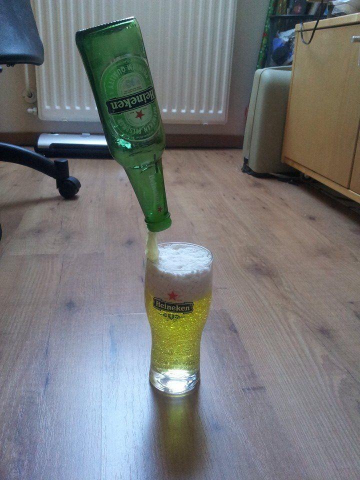 Bier van gel en waspoeder met iets water