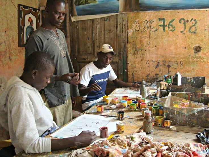Ecole de Peinture Soweto Dakar- Blog Voyage Trace Ta Route www.trace-ta-route.com  http://www.trace-ta-route.com/senegal-escapade-dakar/  #tracetaroute #senegal #dakar #peinture