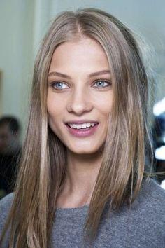 Asblond op bruin haar