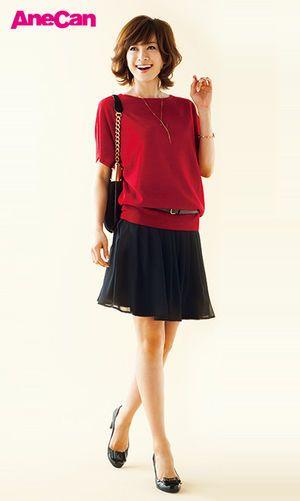 シャープになりがちな黒は深紅のゆるニットで女らしく ♡タイプいろいろ大人モテ系コーデのファッション スタイル アイデア♡