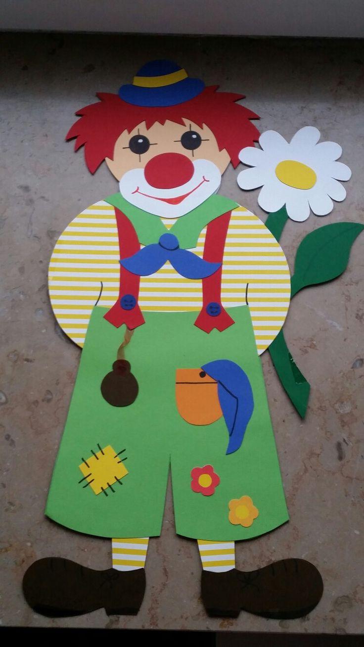 Clown mit Taschenuhr und Blume Fensterbild jetzt neu! ->. . . . . der Blog für den Gentleman.viele interessante Beiträge  - www.thegentlemanclub.de/blog