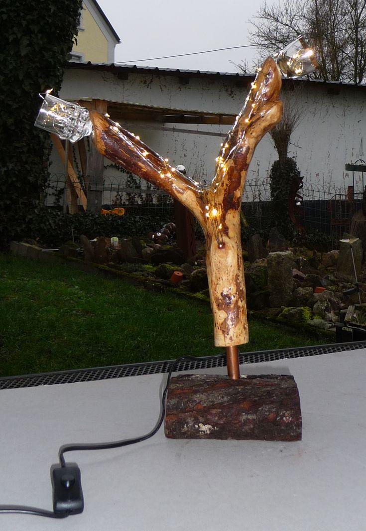 Fliederholz mit LED-Kette, Apfelbaumfuß und 2 Schnapsstamperl