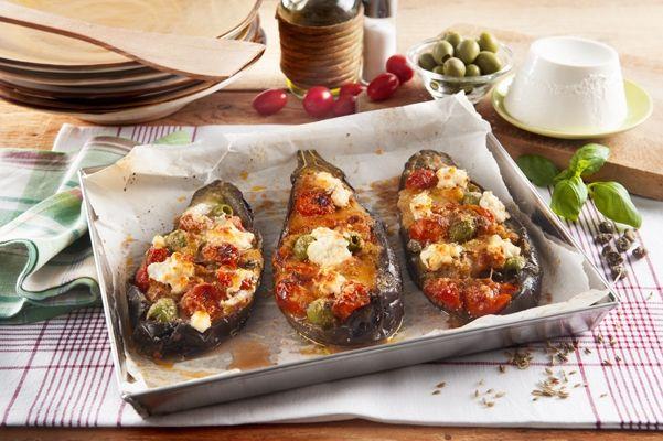 Recette Rouleaux d'aubergines au four. Plus de recettes ici : http://www.ilgustoitaliano.fr/recettes/rechercher/all/all/all/parmesan-et-pates-dures/order-date-desc