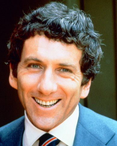 Petrocelli, with Barry Newman and Susan Howard.