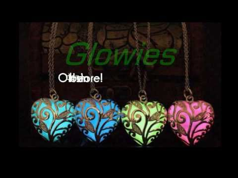 Glow in the Dark Necklace pendants