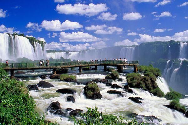 awe-inspiring-iguazu-falls