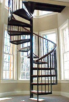 i WILL have a spiral staircase in my future home..there AMAZING!