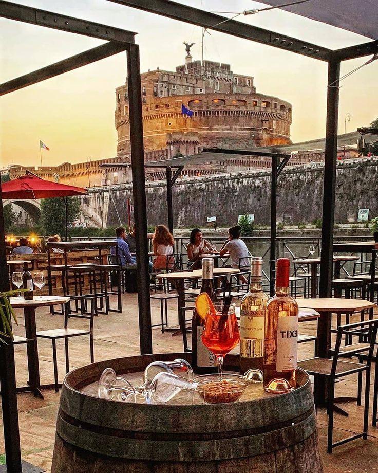 C'è modo migliore di iniziare la giornata? Eh no, non intendiamo lo Spritz 😂 📸 @marina.cleo 📌 Tag @inrhome in your pictures and stories to…   Travel abroad, Wonderful picture, Rome