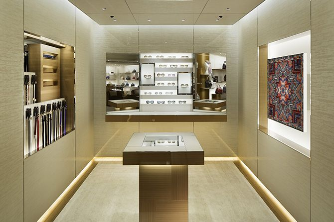 Louis Vuitton | WORKS - CURIOSITY - キュリオシティ -