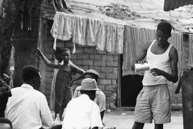 Le virus du sida serait né dans les années 20 près de Kinshasa