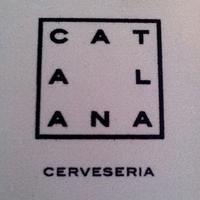 Foto tirada no(a) Cerveseria Catalana por Gaby B. em 12/19/2012