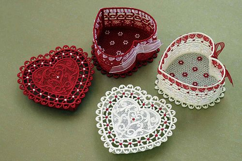 День Святого Валентина в свете идей для домашнего вышивального бизнеса. Где искать клиента. Какие вышитые подарки готовить к празднику на продажу.