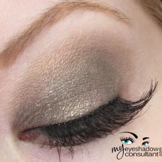 MAC Greensmoke & Patina | make up | Pinterest | Macs and ...