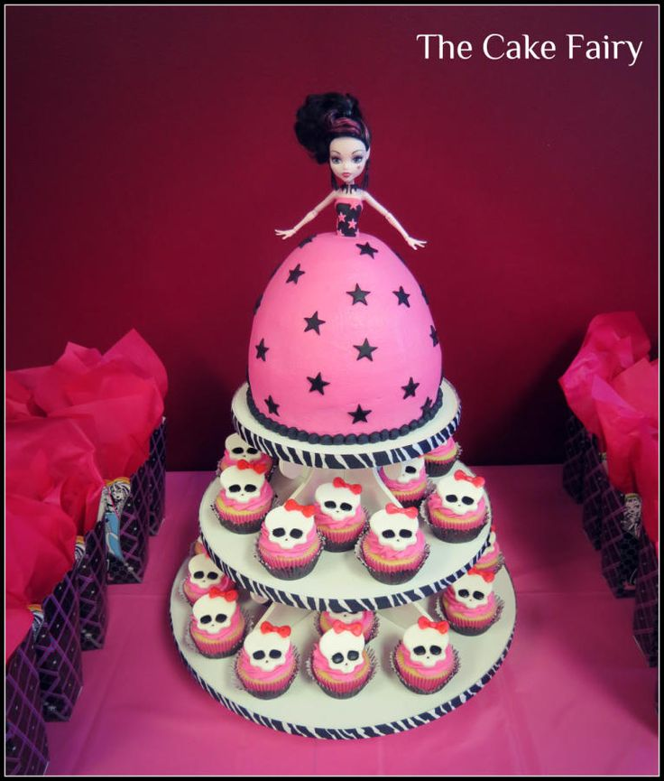 """Monster High Draculaura doll cake with """"skullette"""" cupcakes - Cake by Renee Daly"""