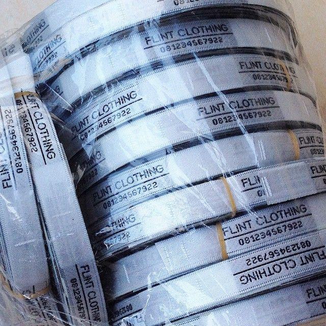 #satinlabel #merkbaju #brandlabel #labelbaju #labelcloth #labelrajut #labelclothing