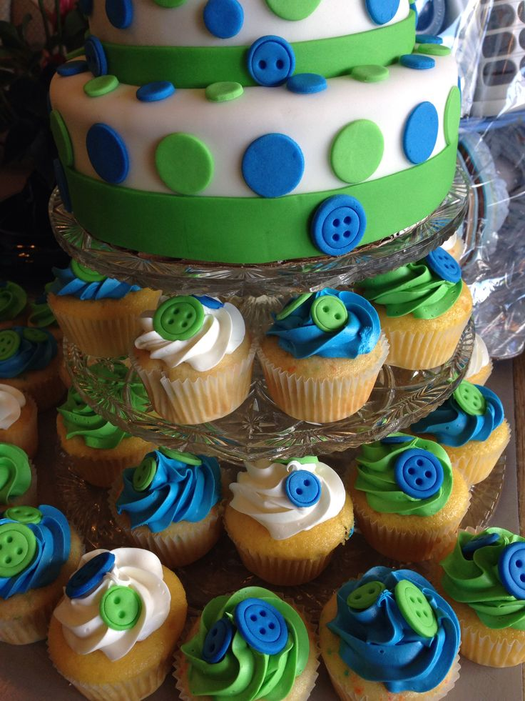 Blue And Green Baby Shower Cupcakes   Iu0027ve Done Buttons For A Baby Shower