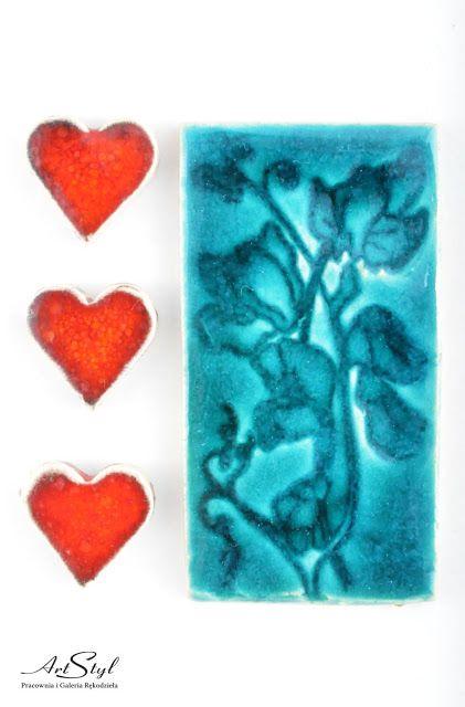 Magnesy: Dekoracyjny magnes z motywem roślinnym ------ Magnets: Decorative magnet with floral motif