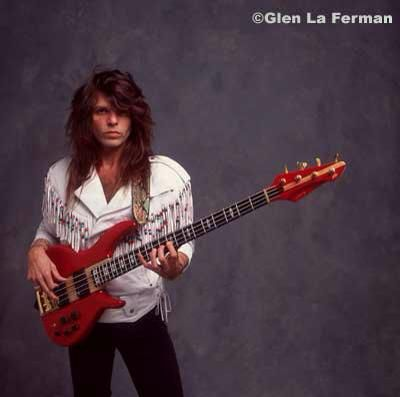 rudy sarzo bass guitars bassists music music bands glam rock. Black Bedroom Furniture Sets. Home Design Ideas