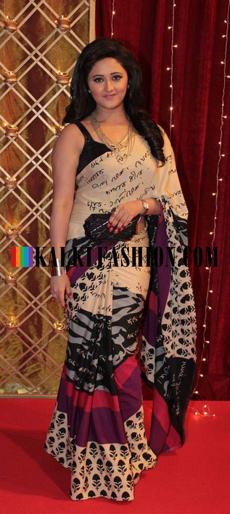 http://www.kalkifashion.com/  Reshmi Desai in silk printed saree  at Indian Telivision Awards 2013