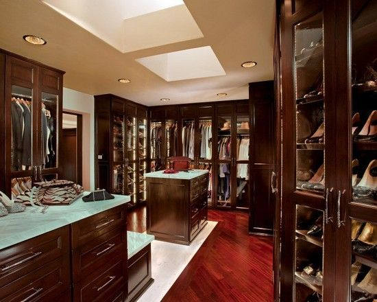 Luxury walk in closet design with shoe rack and coat rack - Walk in closet designs for a master bedroom ...