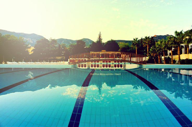 Pazartesi Sendromunu Atlatmanın En İyi Yolu Kıbrıs'ın En İyi Havuzunun Tadını Çıkarmaktır.  İrtibat İçin Hemen Arayın: +90 392 444 64 64 http://www.buyukanadolugirne.com/