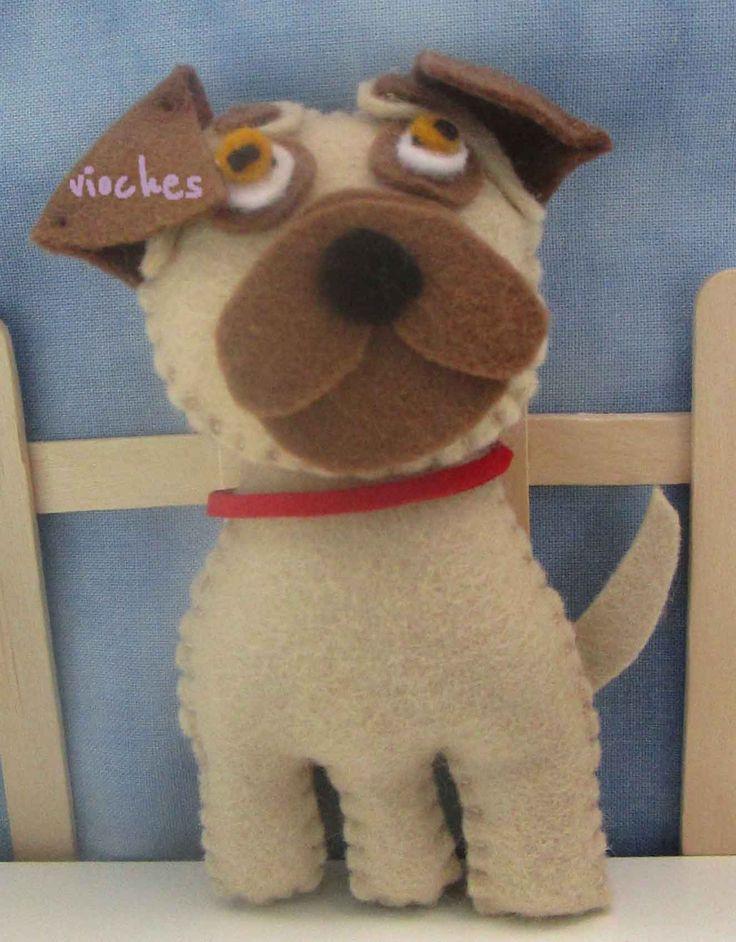 Los papás de Bruno tienen un perro de la raza Pug. Por eso, es el protagonista de este cuadro