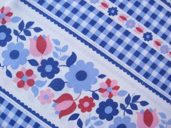 Vintage floral and gingham folksy fabric FQ