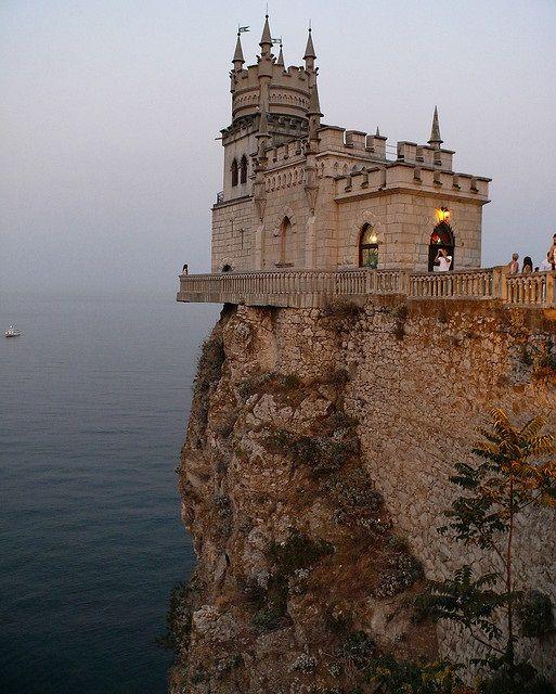 Castle Swallow's Nest, Southern Ukraine | AMAZING PLACES 1 ...