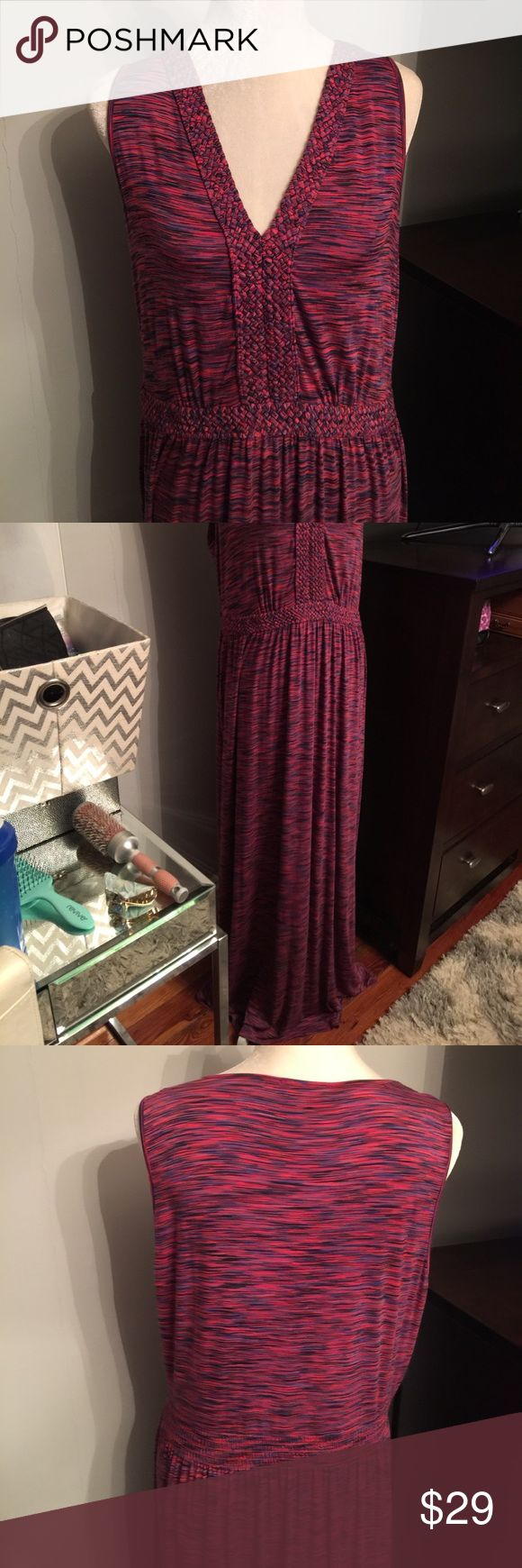 """🆕 Spense Maxi Dress NWOT 44"""" long from bottom of waistline.  Love this dress, like brand new, bought on Posh and seller never wore - but too long on me.  I'm 5'7"""".  97% viscose, 3% spandex Spense Dresses Maxi"""