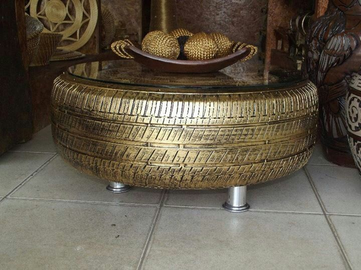 Recycled Tire Coffee Table. I like this! #RubberofftheRoad #ReTIre